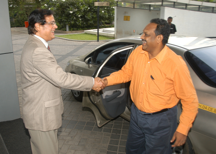 With Shri P. H. Kurian, Patents Controller General of India - 1 (2)